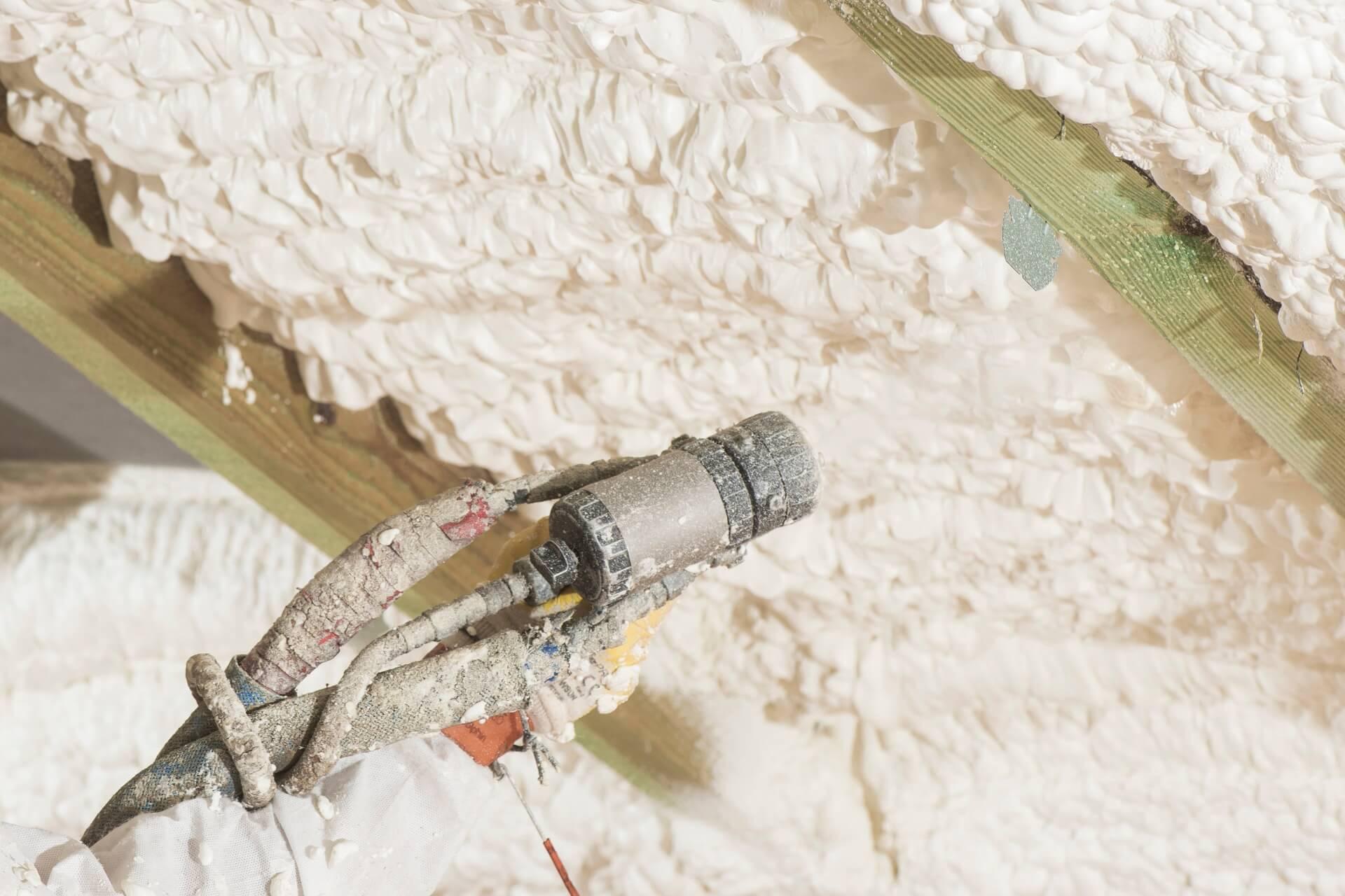 izolacje natryskowe marki Crossin Insulations®